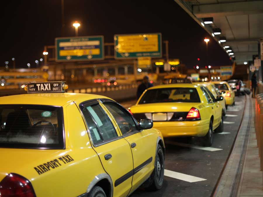 Taxis lining up
