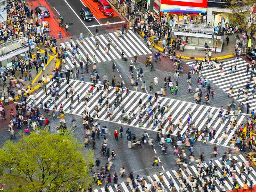 busy shibuya crossing in japan